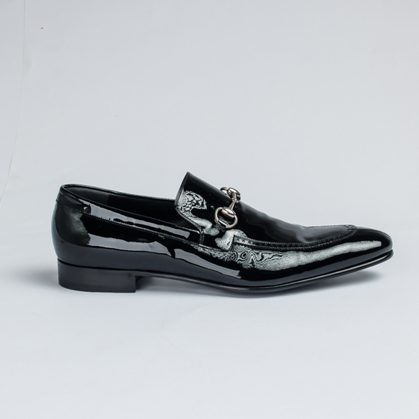 754cf281769 Gucci black Patent leather bit loafers - FrontPage For Men