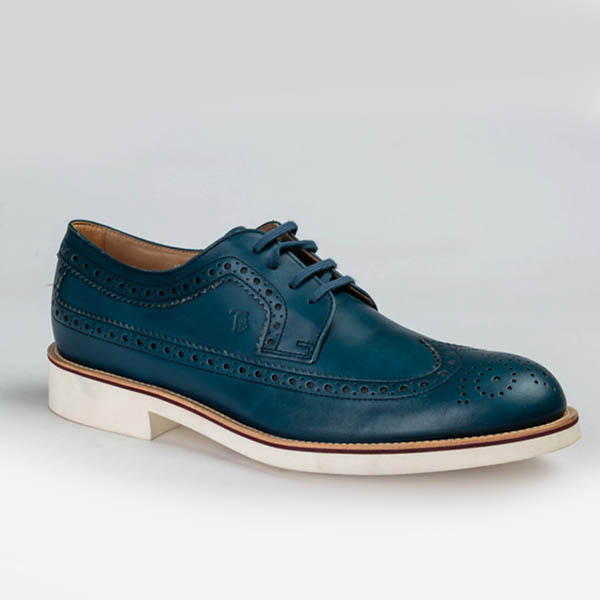Tods luxurious blue laceup Brogues shoe