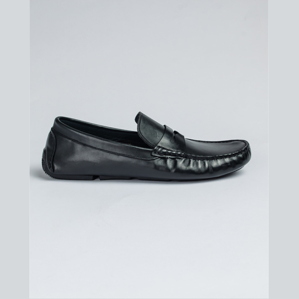 FPC black leather moccasin