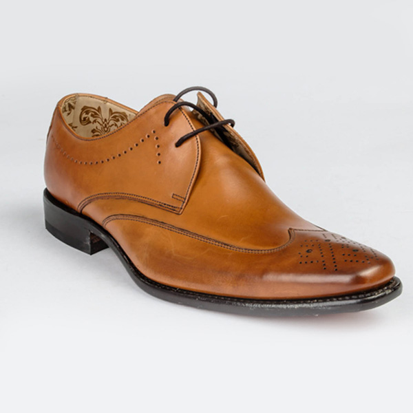 Loake Tan Brown leather lace-up Brogues