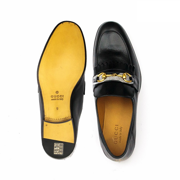 d9d1a8a16 Gucci Black Leather Loafers with Gold Horse-Bit - FrontPage For Men